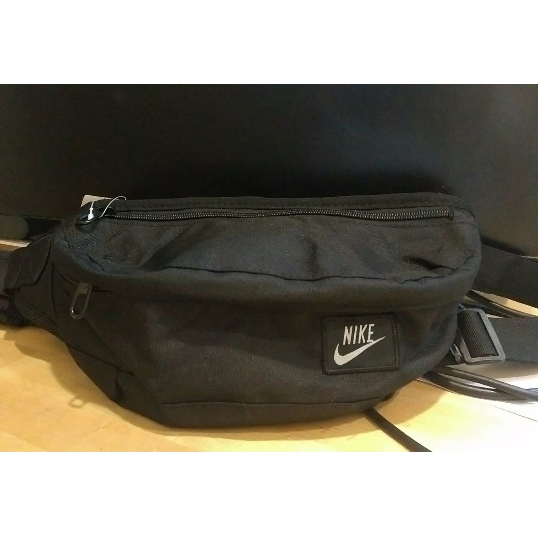 Nike(小logo腰包)