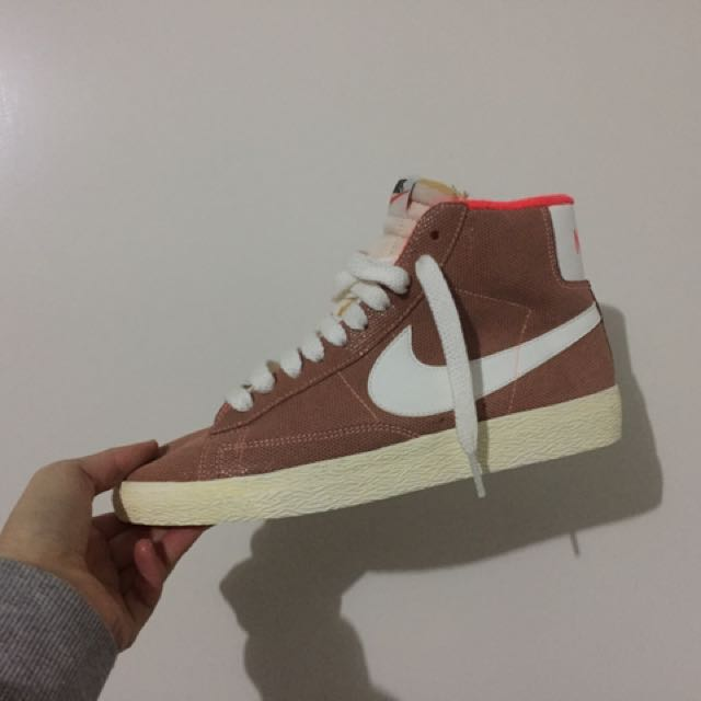 Nike Blazer Hi Top(sample)