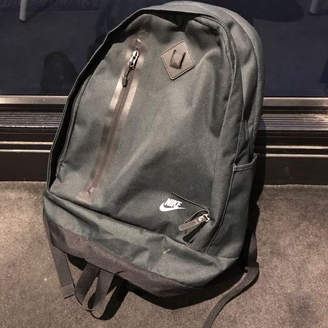 Nike Cheyenne Bag pack In Olive
