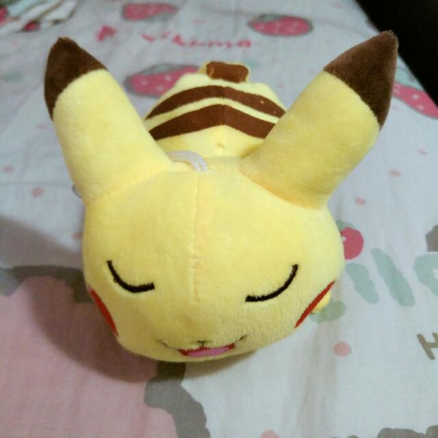 ★ Pikachu plush