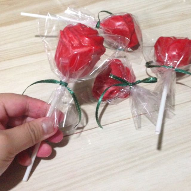 Rose Chocolollipop And Heart Chocolates