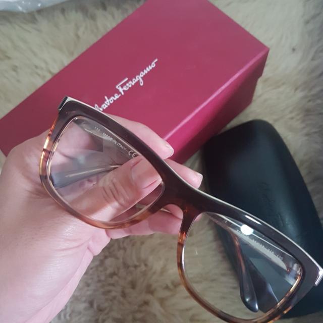Salvatore Ferragamo Specs