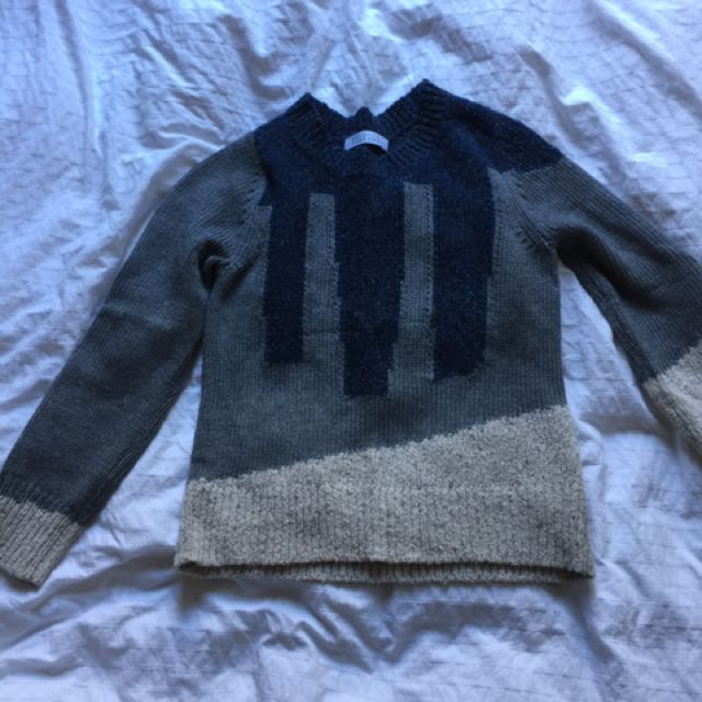 Skin And Threads Jumper
