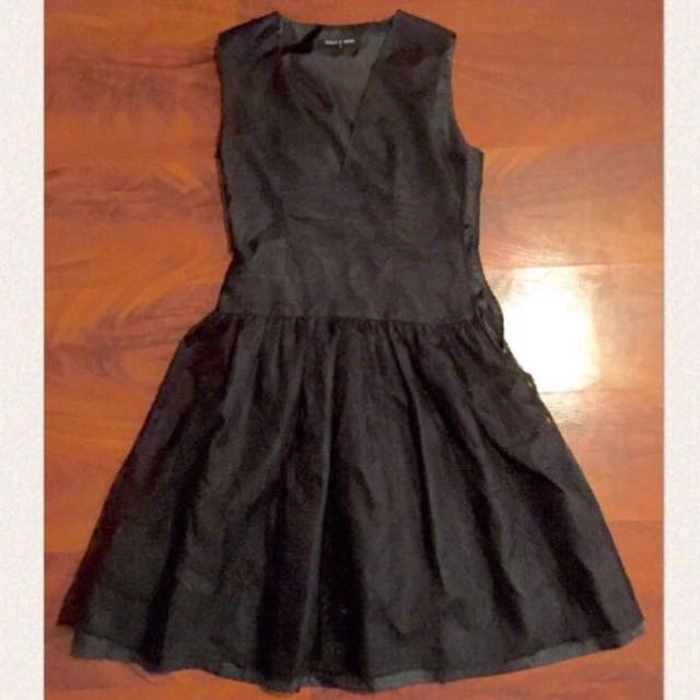 Smith & Miles Size 8 Black Lace Dress