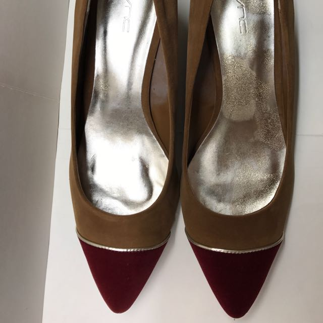 VNC Wedge Shoes