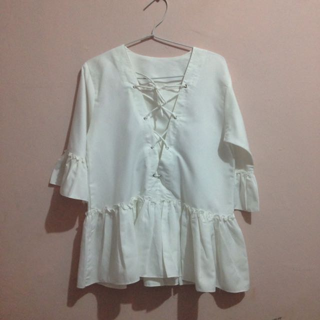white blouse fit to M
