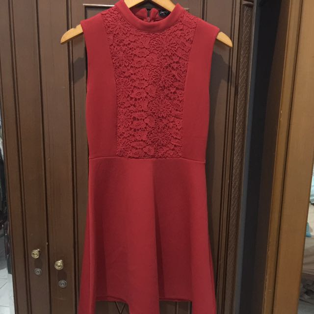 ZALORA : RED PETITE DRESS