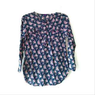 NAVY FLOWERY BLOUSE
