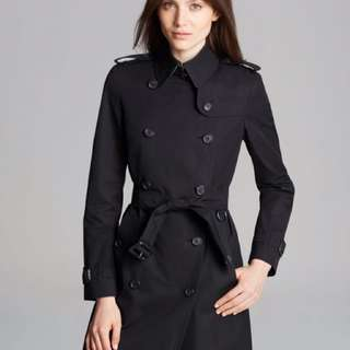 NEW Burberry Trench Coat