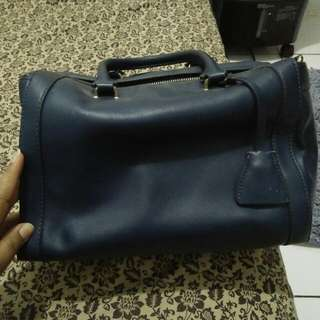 SOLD !!!! Charles And Keith Original 100%
