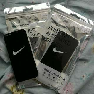 ONHAND: Black Nike Case For IPHONE 5/5s/se