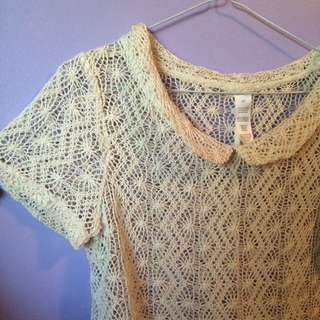 Crochet Peter Pan Collar Top