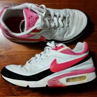 Genuine Women's Nike Air Max BW Black White Pink - Size 9.5