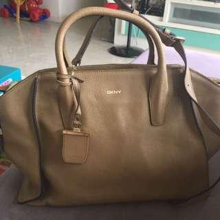 DKNY Handbag(Leather)