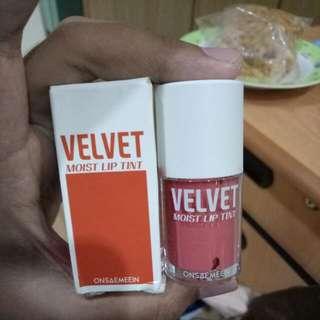 Free Ongkir! Preloved Onsaemeein Velvet Matte Moist Lip Tint
