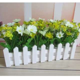 Pastoral Fake Flowers with Wooden Fence (Green Daisy)