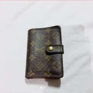 Authentic! Louis Vuitton Bi Fold Kisslock Wallet