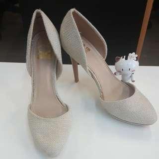 Sepatu The Little Thing She Needs (TLTSN)  Uk 38