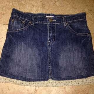 Girl's Skirt 11-12yo