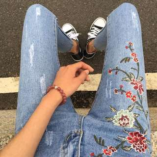 Floral Embroidery Ripped Denim Pants