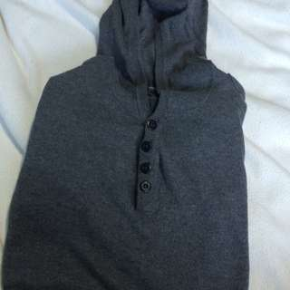 Sweater / Pullover With Hood