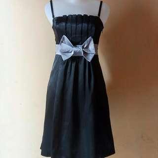 Midi Dress Black Pita