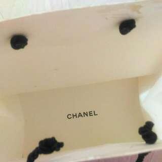 香奈兒 Chanel 獅子頭壓紋 硬紙袋 有破~ #八月免購物直接送