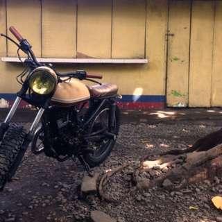 Cafe Racer - Scrambler - Brat Style Motorcycle