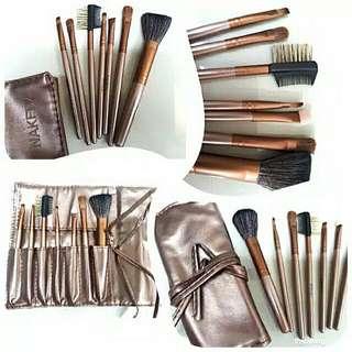Brush Set Naked 7pcs