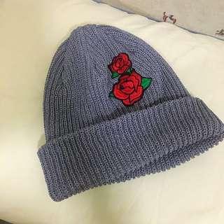 TRESSE 誰說商行 玫瑰刺繡反摺毛帽