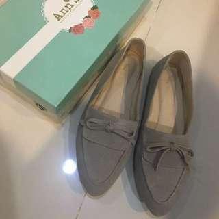 Ann's 蝴蝶結真皮平底鞋 25