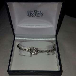 """prouds"" silver bracelet"