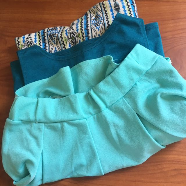 1 Crop Top Sleeveless, 1 Aztec Leggings, 1 Mint Blue Skater Skirt