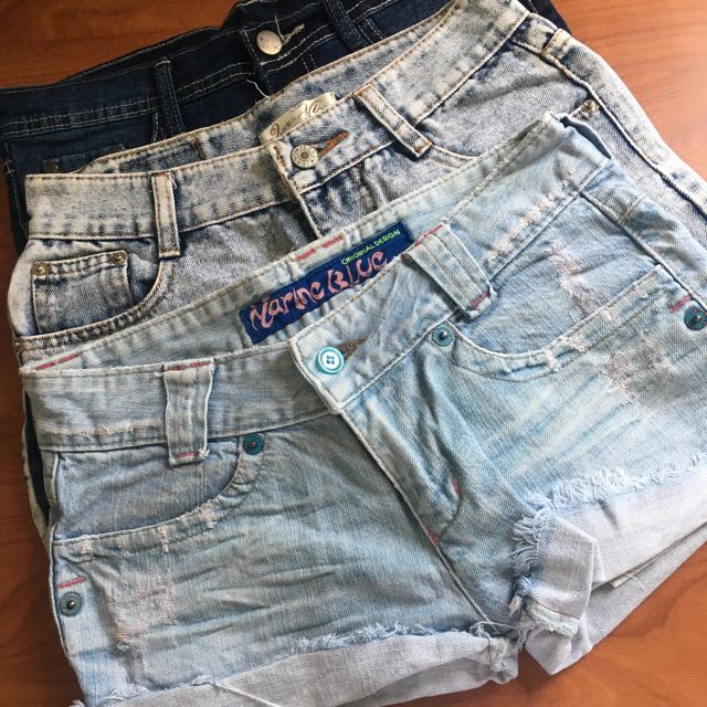 1 Highwaist Shorts, 1 Low Waist Shorts, 1 Mini Skirt