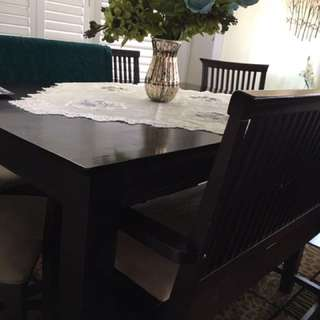 Dining Table With 2 Benches And 4 Chairs