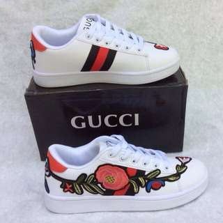 Korean Fashion Embroidered Shoes