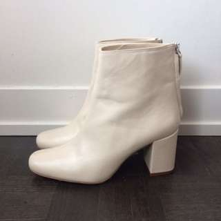 Zara Off White Boots
