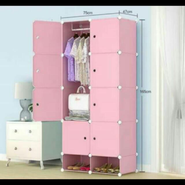 8 Cubes DIY Cabinet