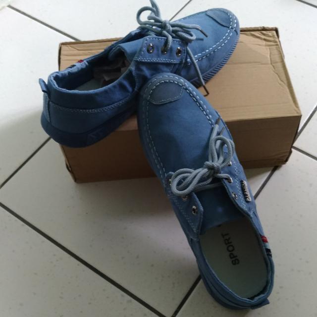 ✨全新  牛仔休閒鞋