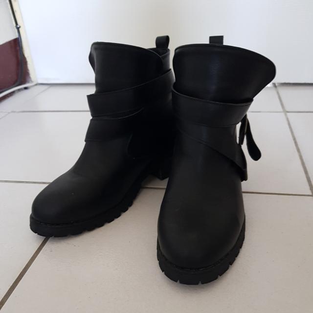 免運 ✌正韓貨  黑色厚底靴