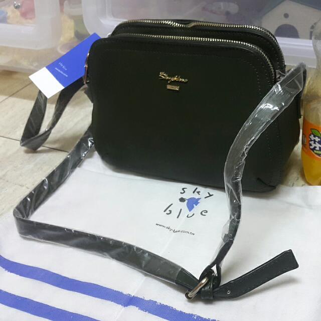 全新 天藍墨綠色 金邊LOGO包包 多夾層 多內袋 小包包 側背包 #全館三件免運