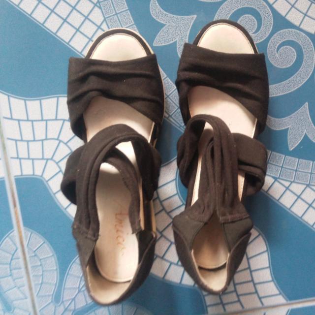 Amica Sandals