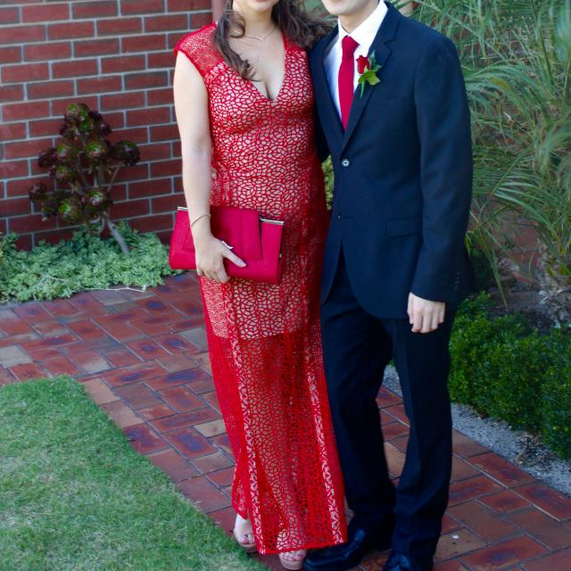 Bariano size 6 Red Formal Dress