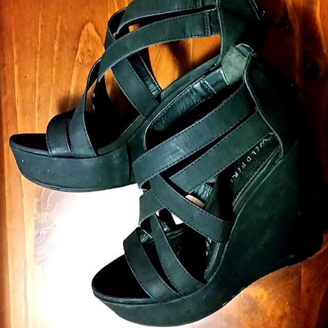 Black Strappy Platform Wedge Sandals - Size 8