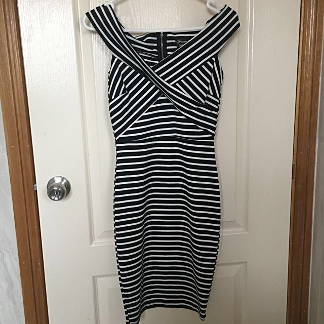 Black/white Striped Offshoulder Midi Dress