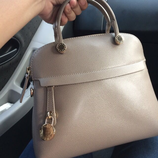 BRAND NEW FURLA PIPER SMALL GREY