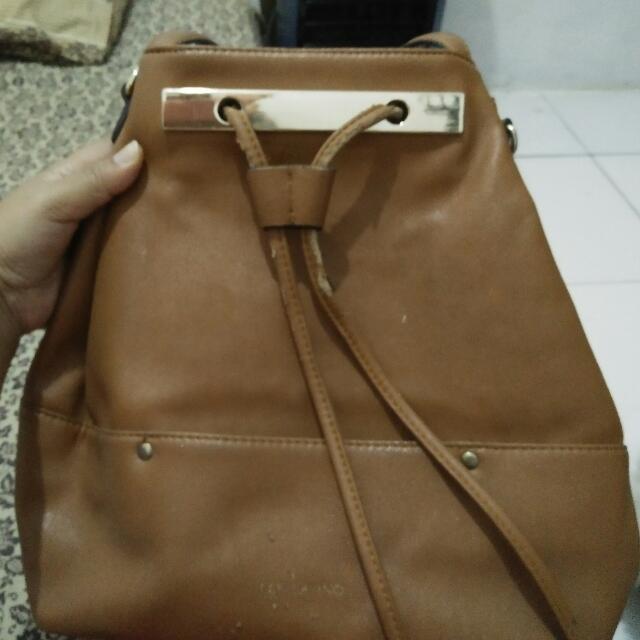 Bucket Bag Merk Les Catino