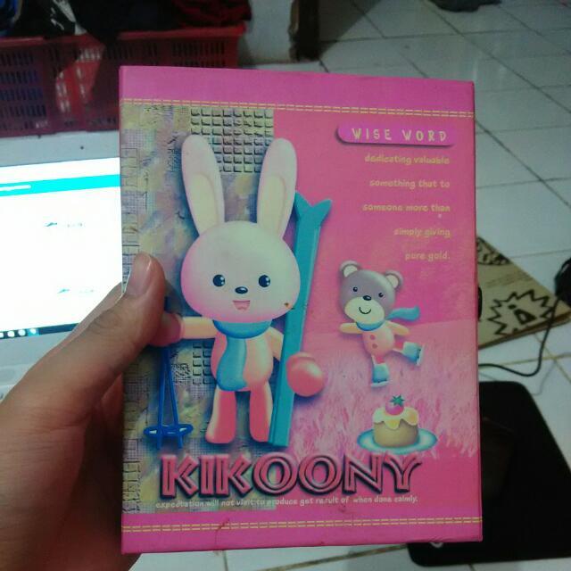 Buku Diary + Tempatnya
