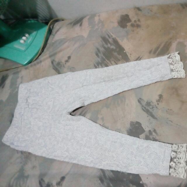 Celana panjang girl size 3 th