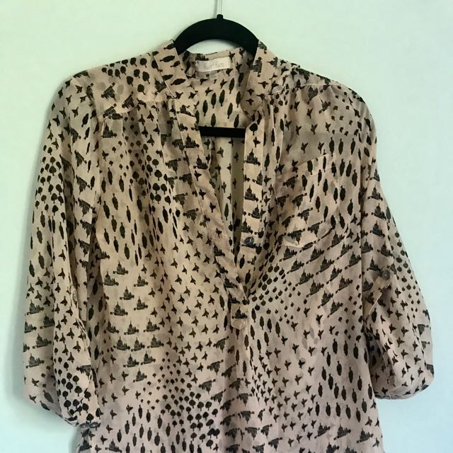 Chic Patterned Blouse
